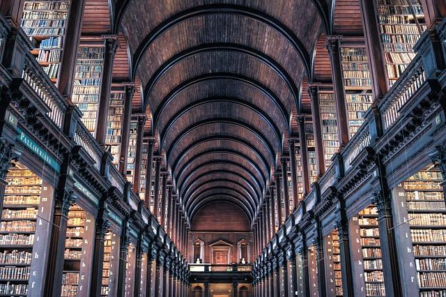 本よりも建物に見とれてしまう?世界のオシャレな図書館