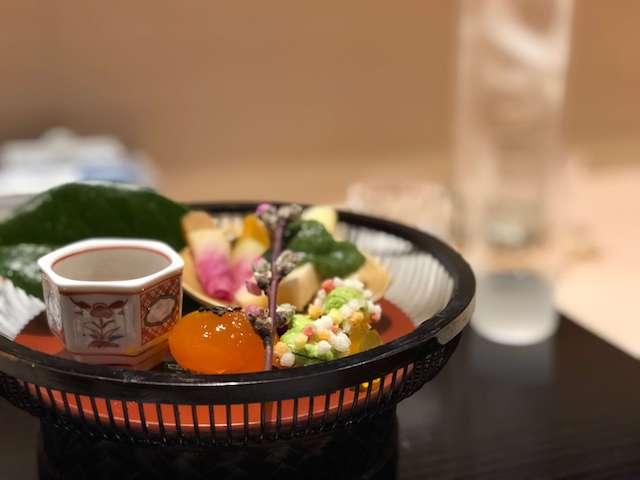 【割烹 伊勢 すえよし】2018年 外国人が選ぶ日本のレストランランキング全国7位 四季を感る懐石