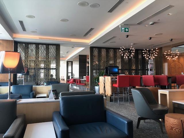 バンクーバー国際空港  メープルリーフラウンジはSFC上級会員で利用できる!