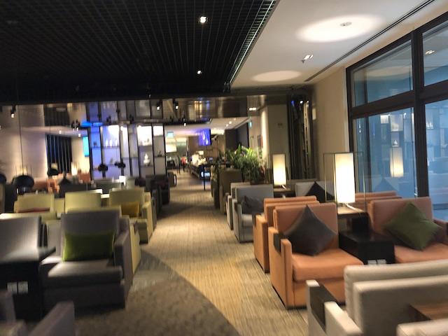 シンガポールチャンギ国際空港ターミナル1 プライオリティパス/ダイナースで利用できるラウンジは贅沢空間!【Dnata】