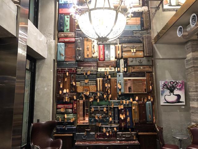 1969 ブルー スカイ ホテルは台湾台中のリノベーションされたフォトジェニックホテル